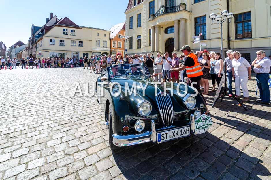 Automythos | 9. Hamburg Berlin Klassik 2016 | 36 | Dr. Hans-Jakob Odenthal & Ludger Odenthal | Jaguar XK140 SE DHC