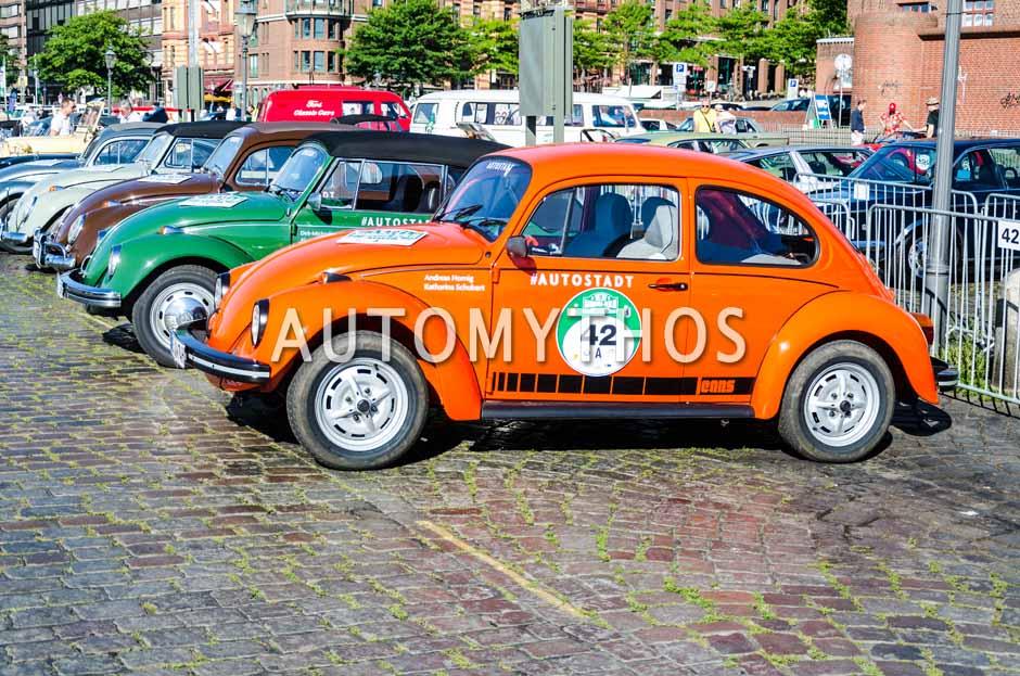Automythos | 9. Hamburg Berlin Klassik 2016 | 42 | Andreas Hornig & Katharina Schubert | Volkswagen 1302 Jeans Käfer