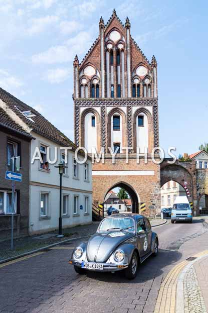 Automythos | 9. Hamburg Berlin Klassik 2016 | 45 | Carsten Müller & Mario de Rosa | Volkswagen 1200 Jubiläums-Käfer