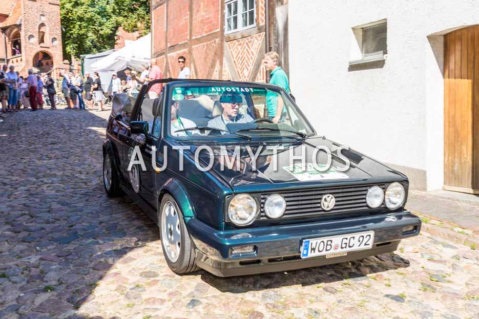 Automythos | 9. Hamburg Berlin Klassik 2016 | 47 | Michael Roth & Heinz-Joachim Thust | Volkswagen Golf I Cabriolet Classic Line