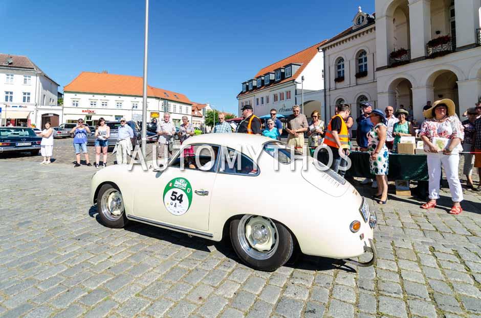 Automythos | 9. Hamburg Berlin Klassik 2016 | 54 | Ralf Krohn & Rahimeh Krohn | Porsche 356A 1600 Super