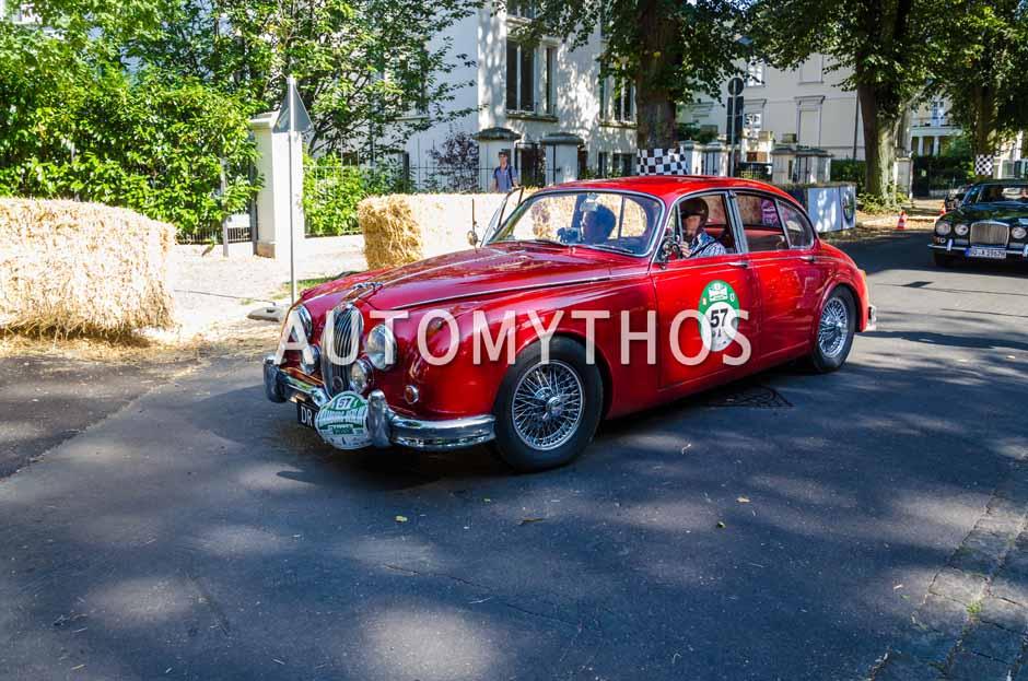 Automythos | 9. Hamburg Berlin Klassik 2016 | 57 | John Larsen & Marianne Larsen | Jaguar MK 2