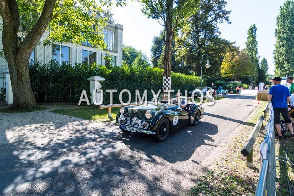 Automythos | 9. Hamburg Berlin Klassik 2016 | 59 | Philipp Neumann & Stefan Henning | Triumph TR3A & Volvo Amazon