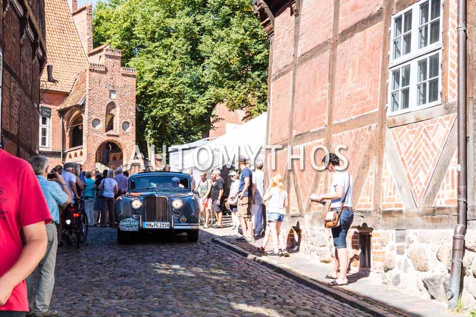 Automythos | 9. Hamburg Berlin Klassik 2016 | 66 | Rainer Tschersig & Angelika Mossdorf | Jaguar MK IX & Jaguar E-Type Series 3