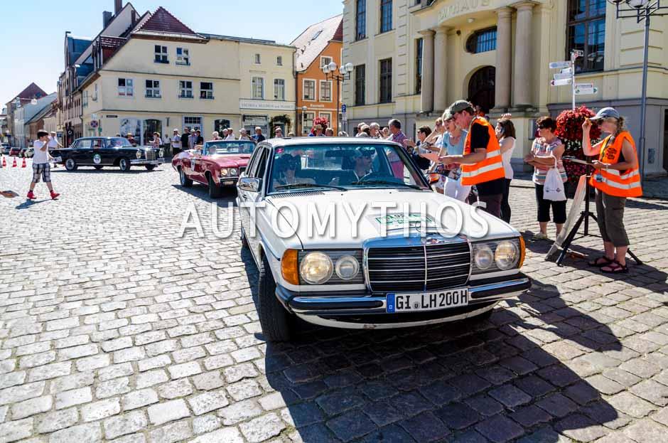 Automythos | 9. Hamburg Berlin Klassik 2016 | 92 | Jürgen Holley & Carmen Holley | Mercedes-Benz 500 SL & Mercedes-Benz W123