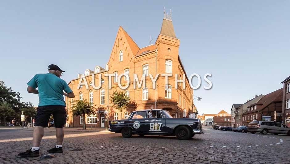 Automythos | 9. Hamburg Berlin Klassik 2016 | 97 | Ulf Schulz & Marc Baumüller | Mercedes-Benz 200