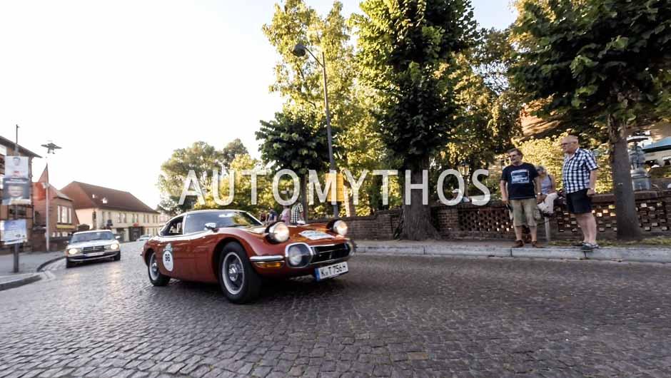 Automythos | 9. Hamburg Berlin Klassik 2016 | 98 | Dirk Branke & Isolde Holderied | Toyota 2000GT