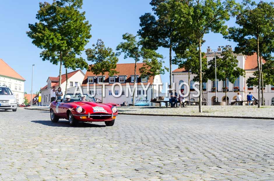 Automythos | 9. Hamburg Berlin Klassik 2016 | 104 | Bernd Rutten & Monika Rutten | Jaguar E-Type Series 2