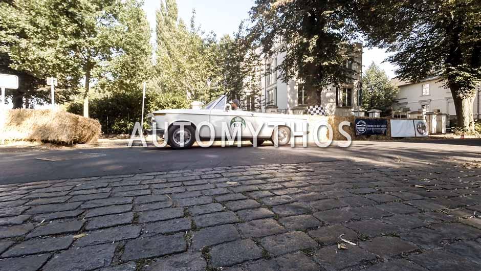 Automythos | 9. Hamburg Berlin Klassik 2016 | 107 | Fritz Möss & Eva Möss | BMW 1600 Cabriolet