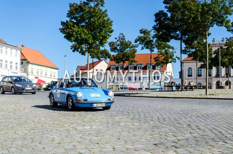 Automythos | 9. Hamburg Berlin Klassik 2016 | 112 | Ulrich Heers & Bettina Prieser | Porsche 911 T Targa