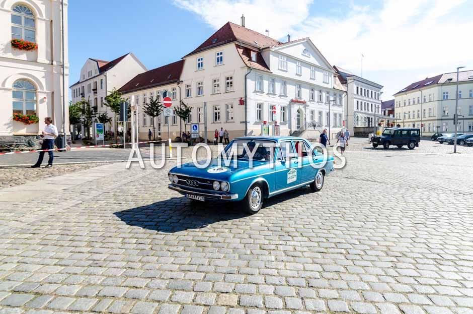 Automythos | 9. Hamburg Berlin Klassik 2016 | 113 | Willi Nientker & Christel Nientker | Audi 100 LS