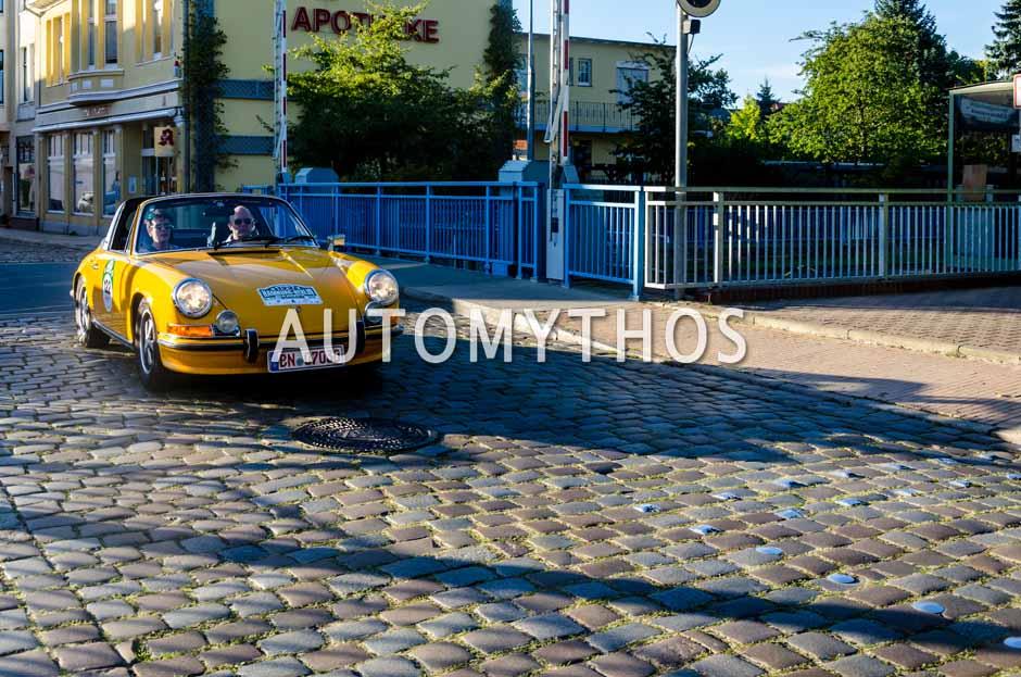 Automythos | 9. Hamburg Berlin Klassik 2016 | 122 | Sebastian Janssen & Heike Janssen | Porsche 911 T Targa
