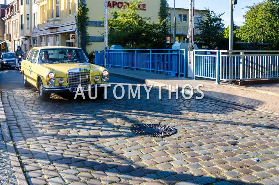 Automythos | 9. Hamburg Berlin Klassik 2016 | 126 | Hans H. Trobitz & Veronika Engel | Mercedes-Benz 280 SEL