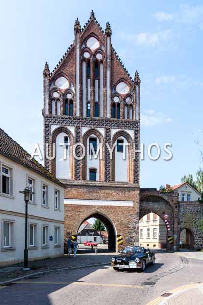Automythos | 9. Hamburg Berlin Klassik 2016 | 130 | Dr. Ulrich Gatzemeier & Dr. Christiane Gatzemeier | Volkswagen Karmann-Ghia