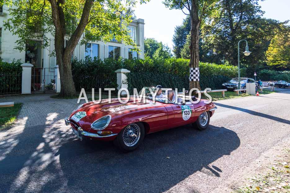 Automythos | 9. Hamburg Berlin Klassik 2016 | 133 | Dietmar Stanka & Axel Busse | Jaguar E-Type Serie 1
