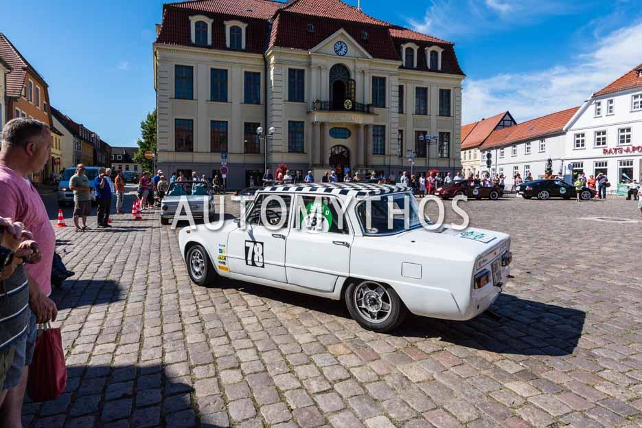 Automythos | 9. Hamburg Berlin Klassik 2016 | 137 | Andreas Brunsbach & Thomas Kofler | Alfa Romeo Giulia Nuova Super 1600 L