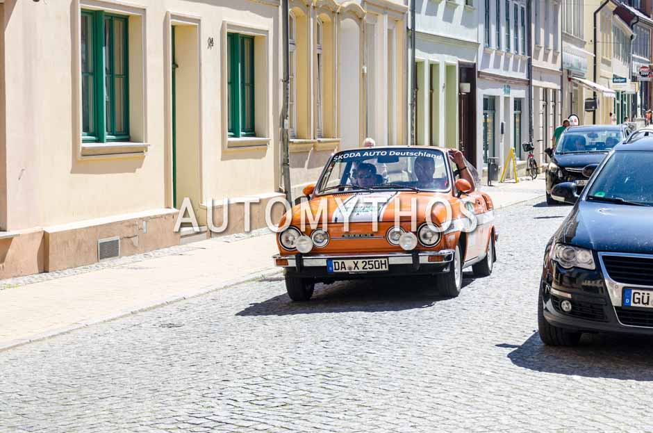 Automythos | 9. Hamburg Berlin Klassik 2016 | 139 | Andreas Leue & Sonja Zietlow | Skoda 110 R