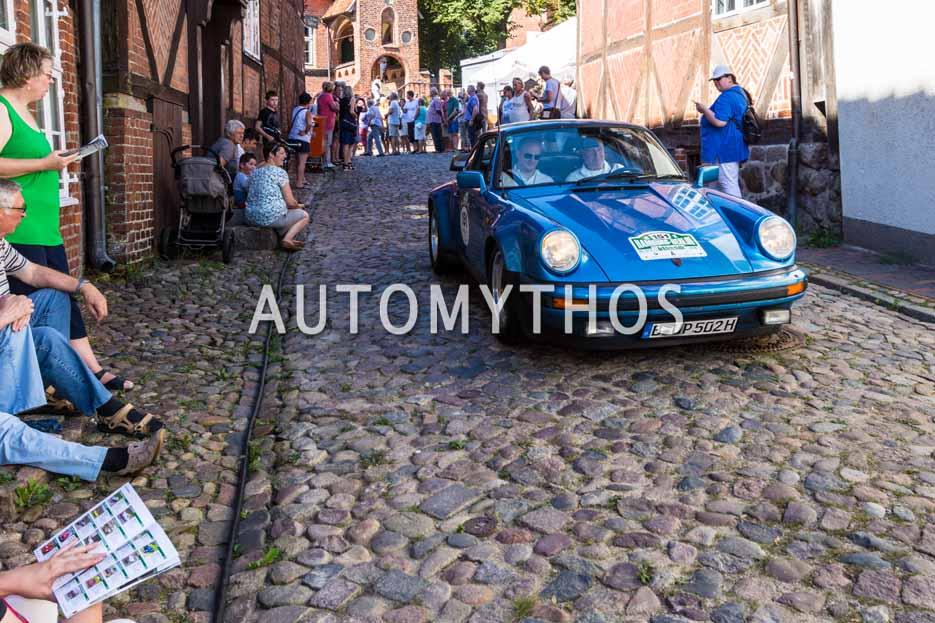 Automythos | 9. Hamburg Berlin Klassik 2016 | 151 | Ulrich Patzer & Dr. Moritz Patzer | Porsche 911 SC Turbo & Volkswagen Käfer Cabriolet 1303