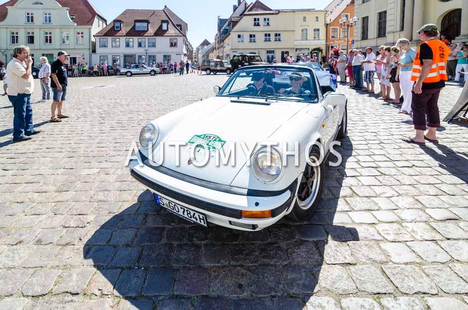 Automythos | 9. Hamburg Berlin Klassik 2016 | 157 | Frank B. Meyer & Eve Scheer | Porsche 911 Carrera 3.2 Cabriolet