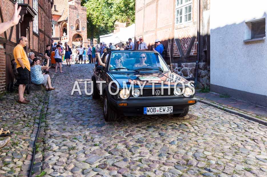 Automythos | 9. Hamburg Berlin Klassik 2016 | 158 | Susanne Hacker & Dr. Ekkehardt Wesner | Volkswagen Golf I Cabriolet