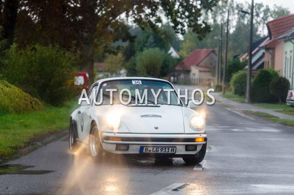 Automythos | 1. Herbstrallye des CRC 2016 | 36 | Alicja Lundt & Silvia Lundt | Porsche 911 SC 3.2