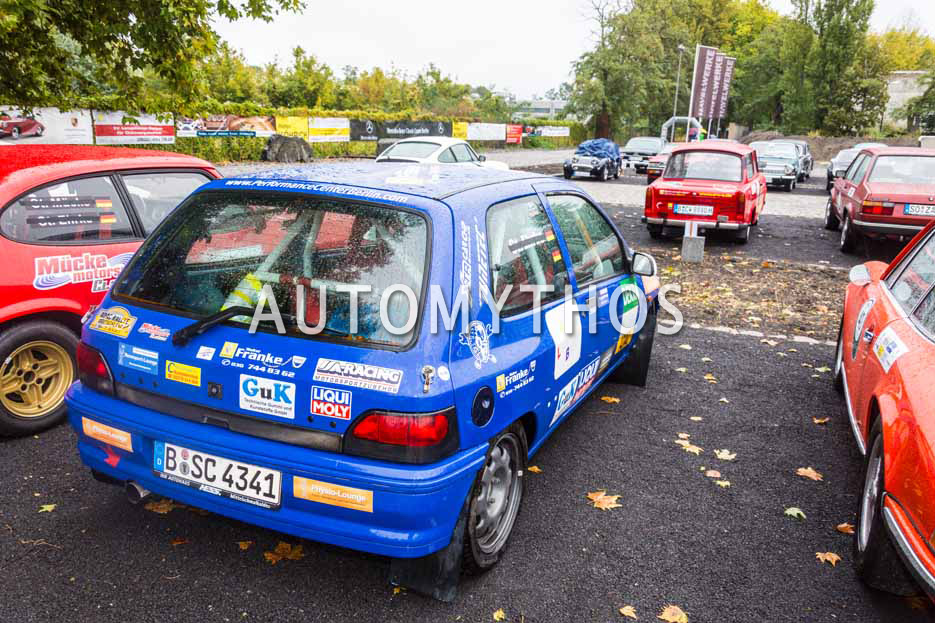 Automythos | 1. Herbstrallye des CRC 2016 | 39 | Lisa Funke & Yacine Fall | Renault Clio Williams