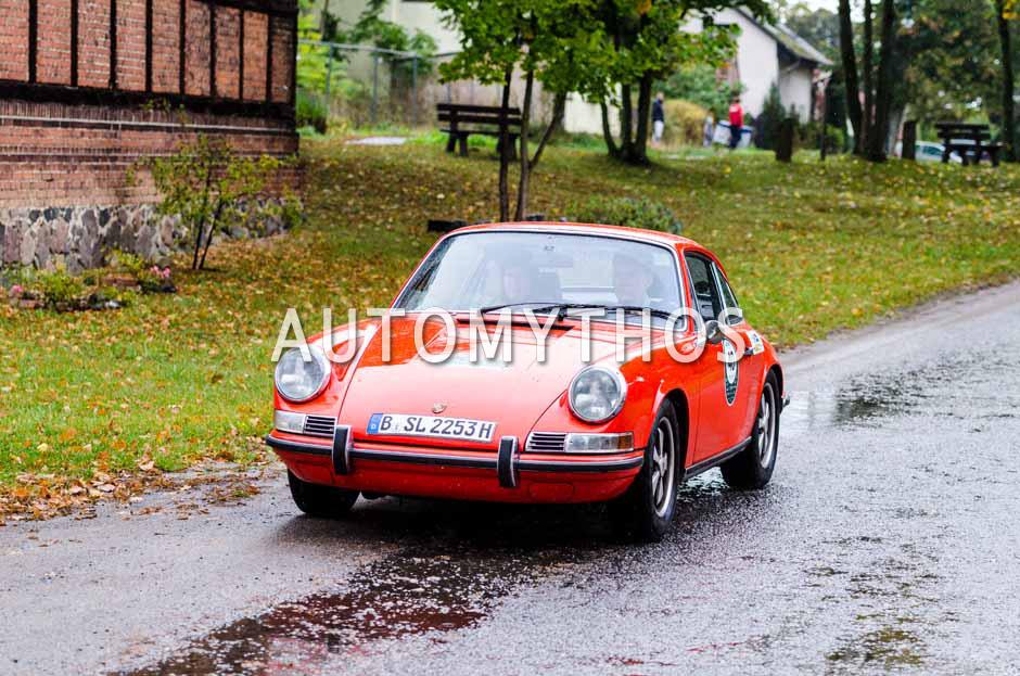 Automythos | 1. Herbstrallye des CRC 2016 | 40 | Dr. Daniel Bandow & Katja Gödde | Porsche 911 SC 3.2