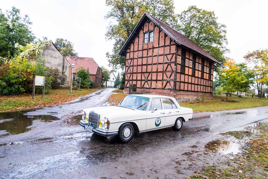 Automythos | 1. Herbstrallye des CRC 2016 | 57 | Chrisitan Wedig & Andrea Wedig | Mercedes-Benz 280 SE