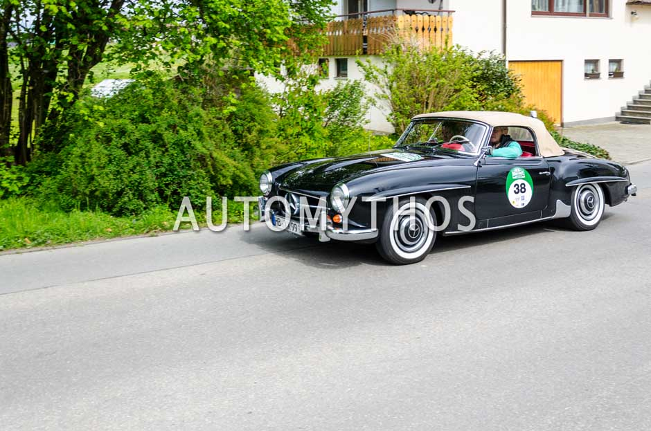 Automythos | 6. Bodensee Klassik 2017 | 38 | Dr. Georg Garrels & Sven Garrels | Mercedes-Benz 190 SL