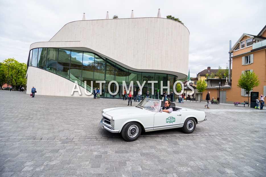 Automythos | 6. Bodensee Klassik 2017 | 59 | Jürgen Rädle & Tatjana Rädle | Mercedes-Benz 230 SL
