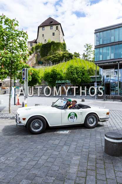 Automythos | 6. Bodensee Klassik 2017 | 107 | Johannes Bitzer & Dr. Patrick Sulz | Triumph TR6