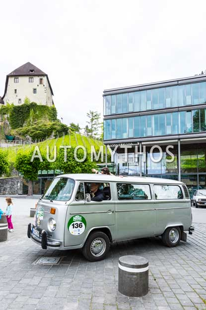 Automythos | 6. Bodensee Klassik 2017 | 136 | Fritz Karl & Elena Uhlig | Volkswagen T2