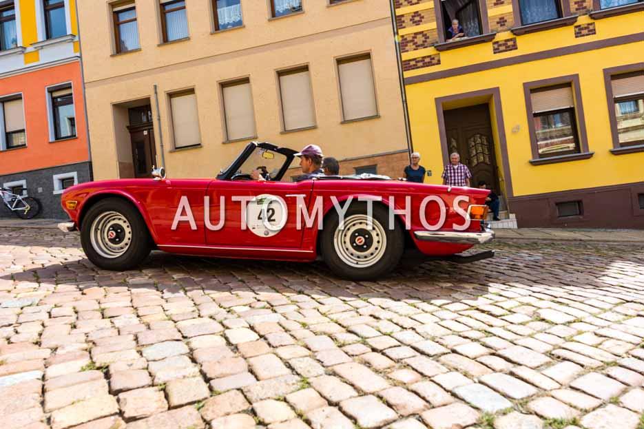 Automythos | 15. Sachsen Classic 2017 | 42 | Hans-Günter Schlüter & Burckhard Krotofil | Triumph TR 6 PI
