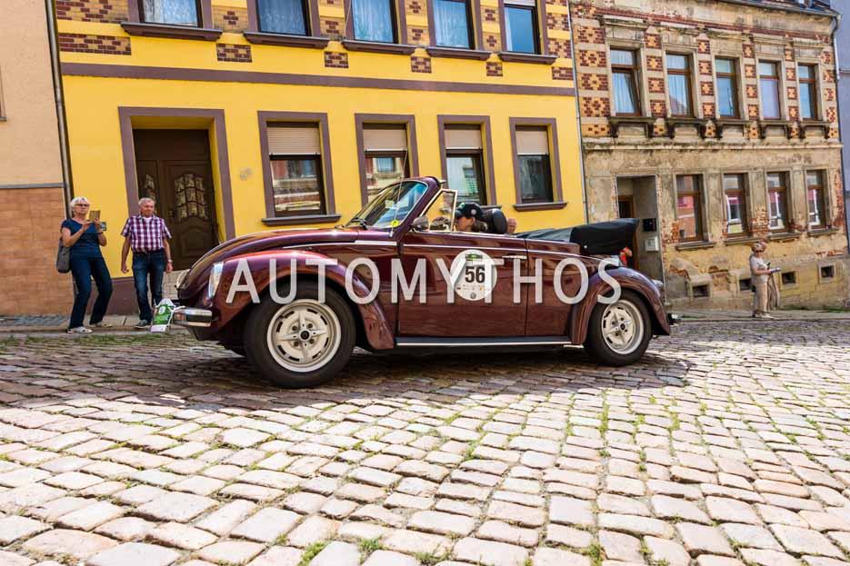 Automythos | 15. Sachsen Classic 2017 | 56 | Dorothee Hennings-Holtmann & Annette Krause | Volkswagen 1303 LS Cabriolet
