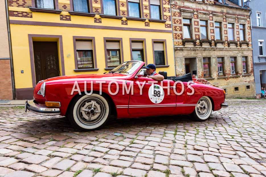 Automythos | 15. Sachsen Classic 2017 | 98 | Thomas Steinbach & Birgit Zach | Volkswagen Karmann-Ghia Cabriolet