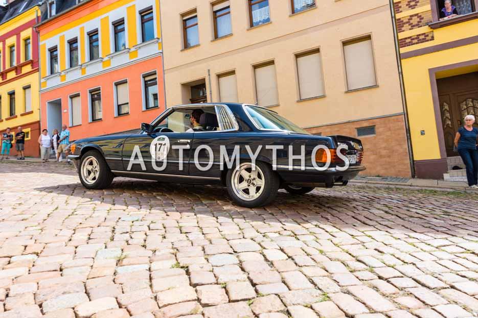Automythos   15. Sachsen Classic 2017   171   Arne Fischer & Renate Freiling   Mercedes Benz 450 SLC 5.0 AMG