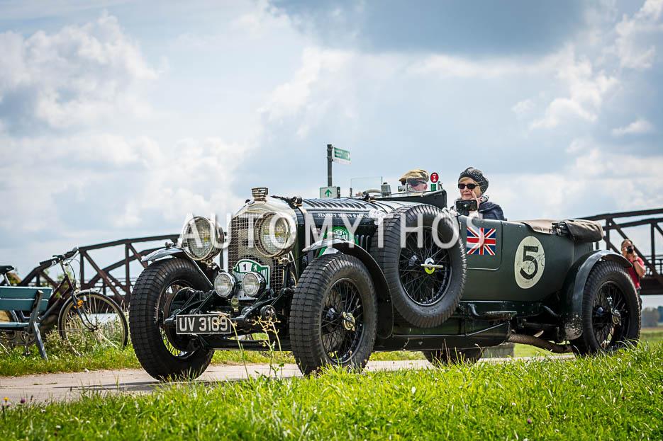 Automythos | 10. Hamburg Berlin Klassik 2017 | 1 | Ewald Sprey & Gabi Sprey | Bentley 4 ½ Litre Le Mans