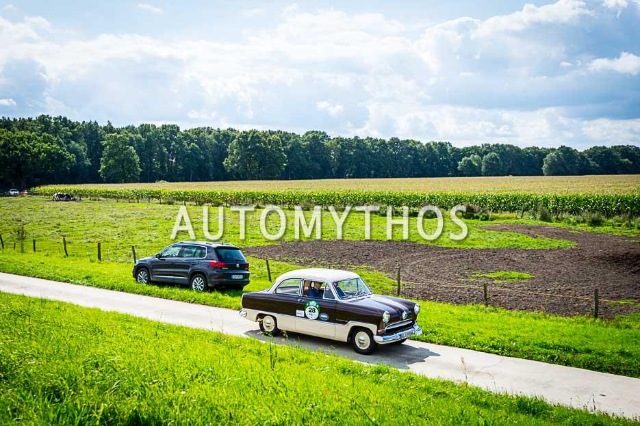 Automythos | 10. Hamburg Berlin Klassik 2017 | 28 | Günter Kaufmann & Grant Kaufmann | Ford Taunus 15M