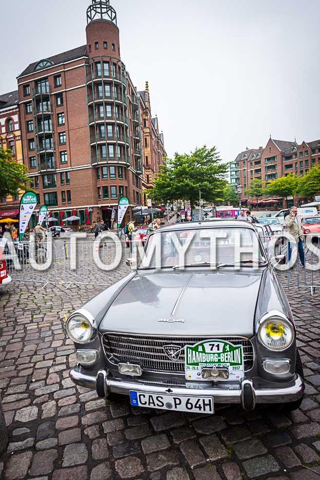 Automythos | 10. Hamburg Berlin Klassik 2017 | 71 | Dr. Klaus Ziegner & Georg Ziegner | Peugeot 404 Super Luxe