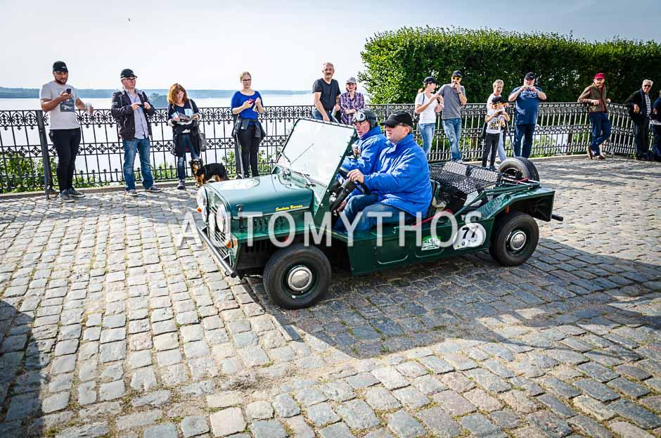 Automythos   10. Hamburg Berlin Klassik 2017   77   Dirk Kemmerling & Alfred Horchler von Hoegen   Austin Mini Moke
