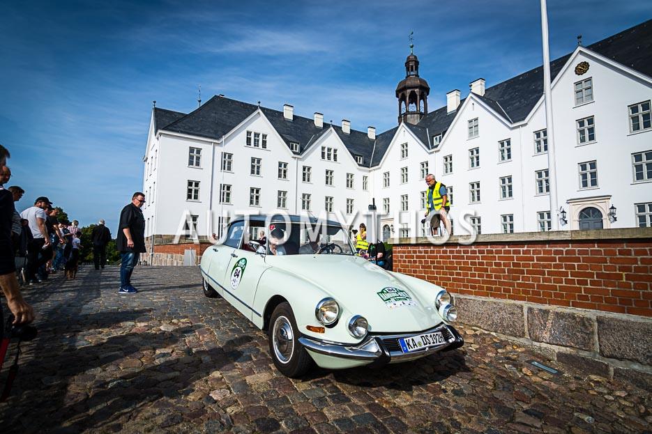 Automythos | 10. Hamburg Berlin Klassik 2017 | 84 | Bernd Schürmann & Christiane Keßler | Citroën DS 19
