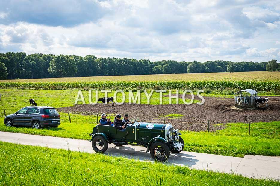 Automythos | 10. Hamburg Berlin Klassik 2017 | 89 | Dr. Ludger Hellenthal & Gert Maria Freimuth | Bentley Open Tourer
