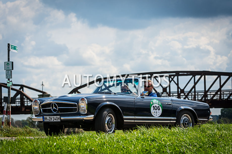 Automythos | 10. Hamburg Berlin Klassik 2017 | 106 | Andre Klindworth & Anja Klindworth | Mercedes-Benz 280 SL