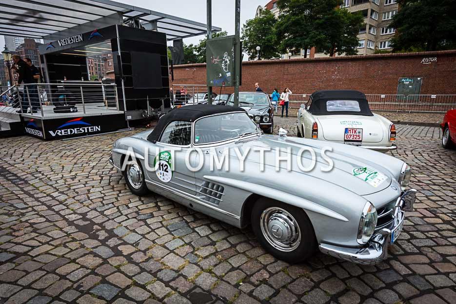 Automythos | 10. Hamburg Berlin Klassik 2017 | 112 | Olaf Ferrer & Silke Ferrer | Mercedes-Benz 300 SL Roadster