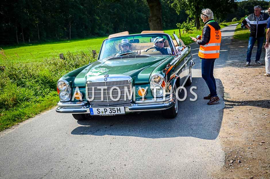 Automythos | 10. Hamburg Berlin Klassik 2017 | 121 | Ellen Lohr & Boris Pieritz | Mercedes-Benz 280 SE 3.5 Cabriolet