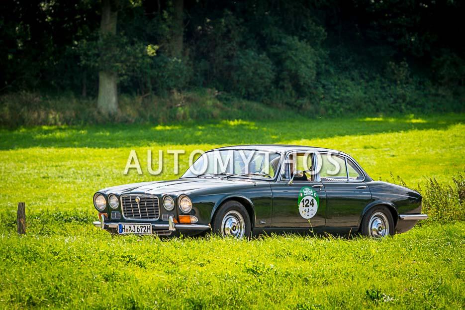 Automythos | 10. Hamburg Berlin Klassik 2017 | 124 | Martin Firnhaber & Frauke Wandrey | Jaguar XJ6 Series 1