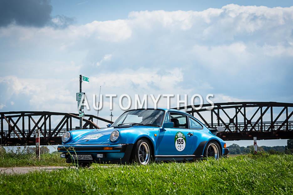 Automythos | 10. Hamburg Berlin Klassik 2017 | 155 | Ulrich Patzer & Dr. Moritz Patzer | Porsche 911 SC Turbo