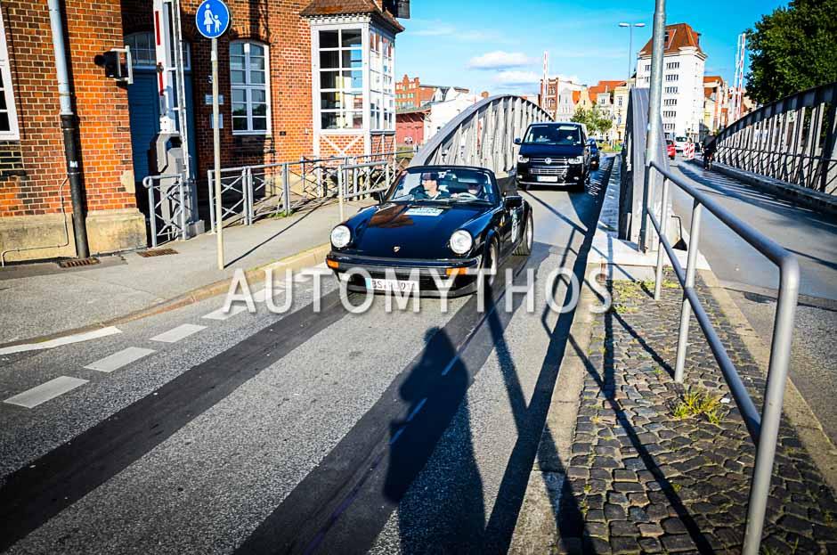 Automythos | 10. Hamburg Berlin Klassik 2017 | 168 | Frank Puller & Felix Puller | Porsche 911 Carrera 3.2 Cabriolet