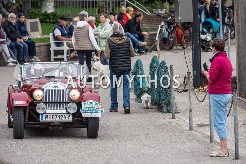 Automythos | 11. Hamburg Berlin Klassik 2018 | 16 | Georg Frankl & Andrea Frankl | Morgan Plus 4 Super Sports