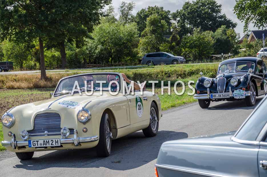 Automythos | 11. Hamburg Berlin Klassik 2018 | 20 | Martin Hörmann & Hermann Hörmann | Aston Martin DB2 Drophead Coupé